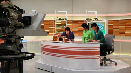 NHKの生放送でした_e0148373_14354824.jpg