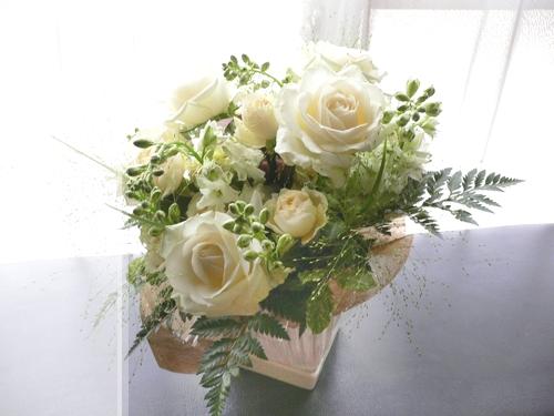 バラのアレンジメント_c0069048_13484276.jpg