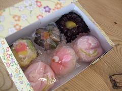 お菓子の差し入れ_c0172049_13383687.jpg