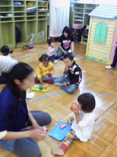 白鳥幼稚園_b0108363_1194952.jpg
