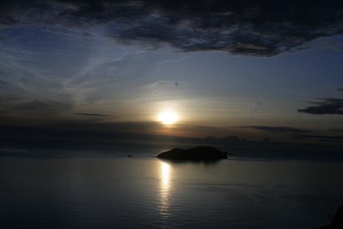 虹と夕日のギフト_e0220493_0017.jpg