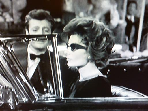 LA  DOLCE VITA  (甘い生活)・・・60年代セレブのlittle  black dress_b0210699_0114439.jpg