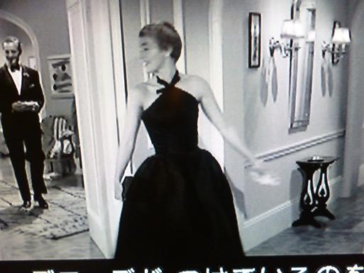 LA  DOLCE VITA  (甘い生活)・・・60年代セレブのlittle  black dress_b0210699_1353081.jpg