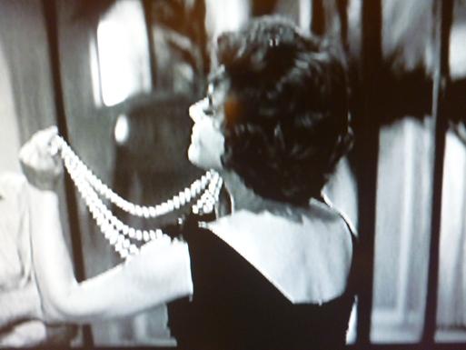 LA  DOLCE VITA  (甘い生活)・・・60年代セレブのlittle  black dress_b0210699_171356.jpg