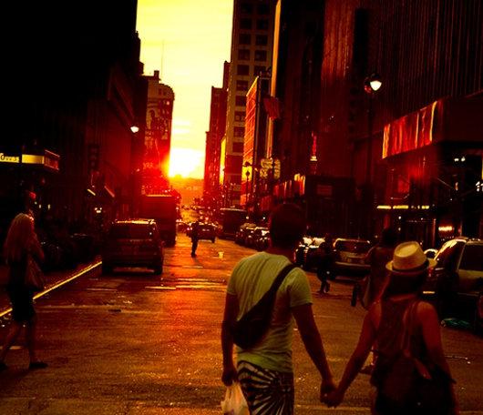 今年もニューヨークにマンハッタンヘンジが・・・、次回は7/11-12_b0007805_101014100.jpg