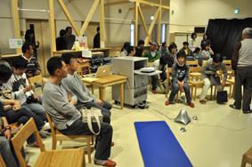 飯塚達央さんによる被災地支援報告会に参加してきました_b0187229_1156340.jpg