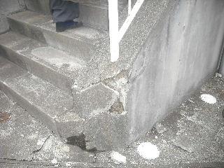 震災被害の緊急処置_f0031037_20543977.jpg