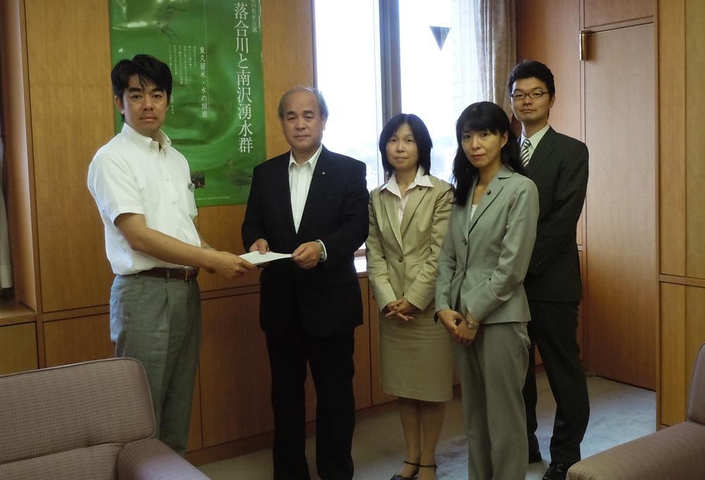 被災者救援と防災対策の強化を市長に申し入れました_b0190576_17820.jpg