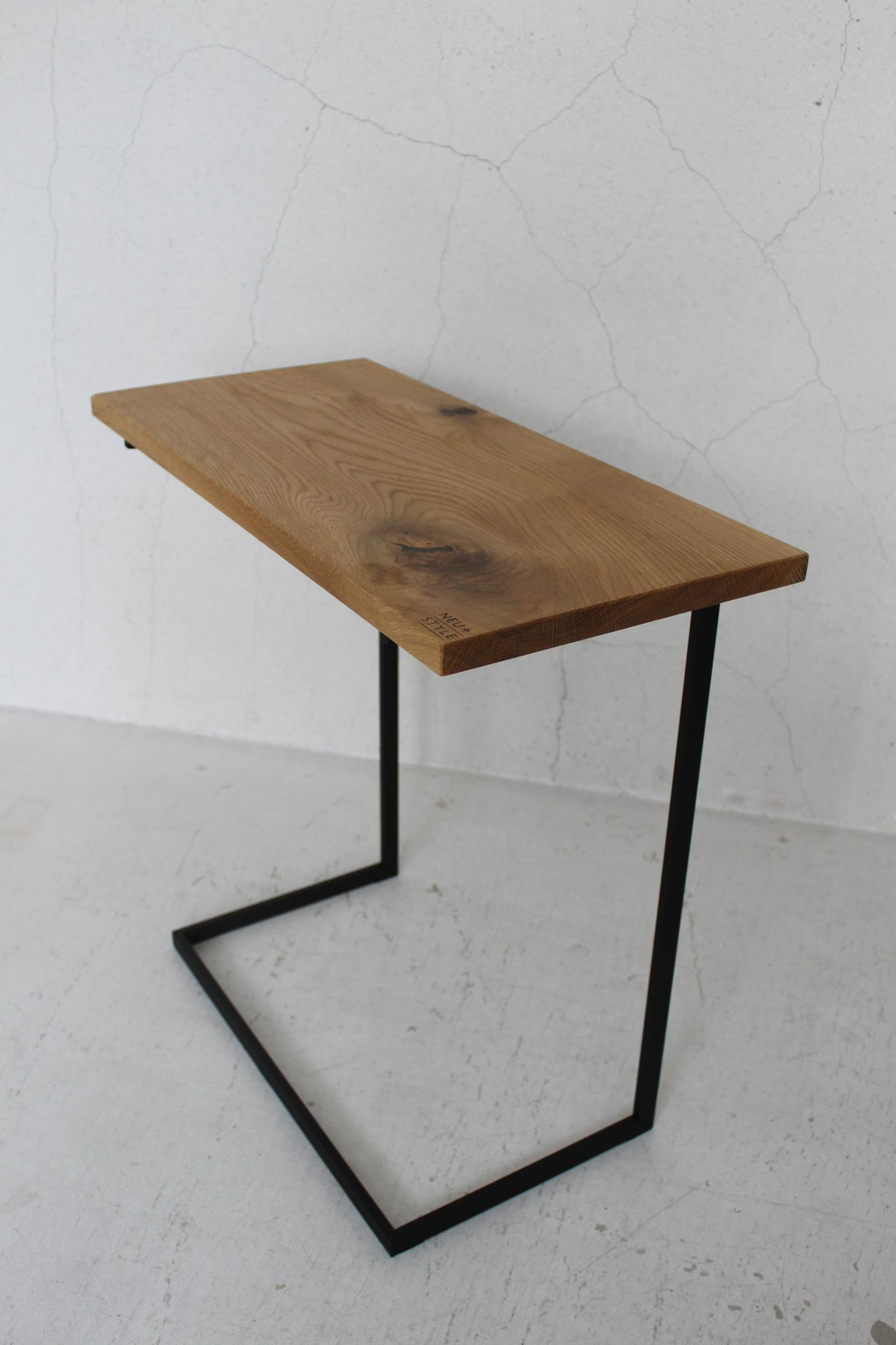 NS SIDE TABLE_c0146581_12135030.jpg