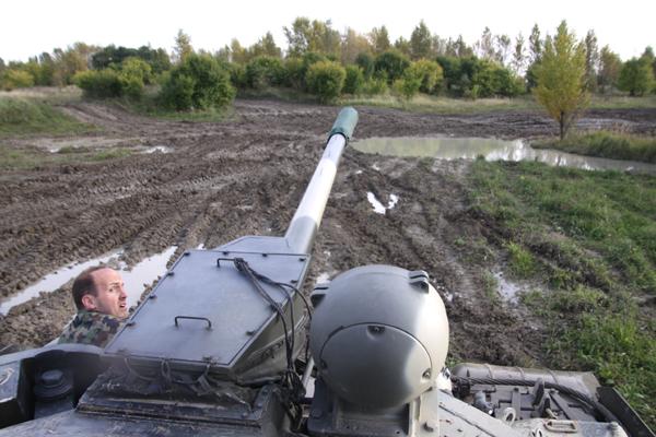 戦車、すんげぇ~!_f0145483_18512145.jpg