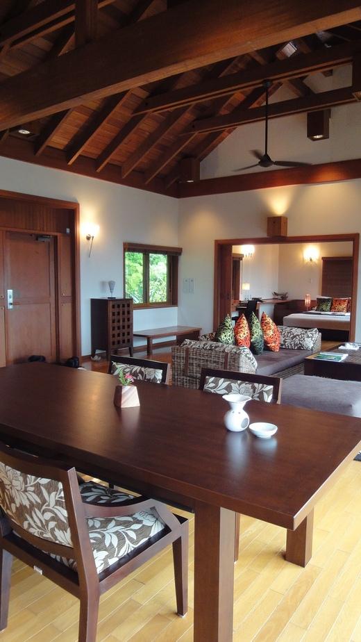 サンカラ ホテル&スパ 屋久島 (2) お部屋編_f0215324_16121850.jpg