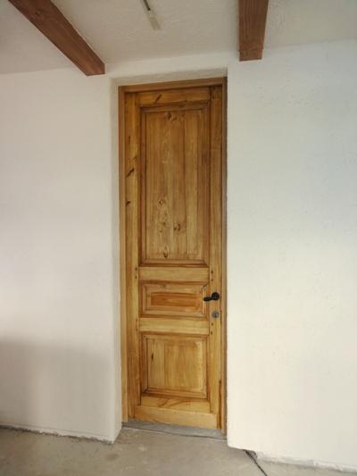 このドアは?_e0214436_10373271.jpg