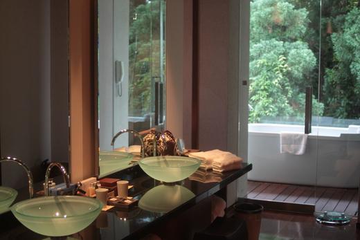 サンカラ ホテル&スパ 屋久島 (2) お部屋編_f0215324_1648358.jpg