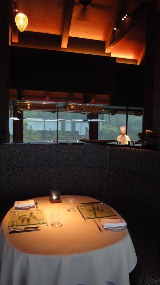 サンカラ ホテル&スパ 屋久島 (3) レストラン編 1日目_f0215324_23361461.jpg