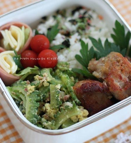 今日の弁当とデトックス山菜ペペロン ☆ 沖縄の標準語♪_c0139375_13323878.jpg