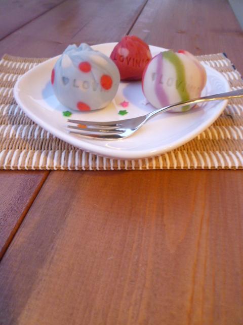 お皿とコースター_a0210776_20381311.jpg