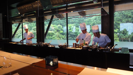 サンカラ ホテル&スパ 屋久島 (4) レストラン編 2日目_f0215324_1175933.jpg