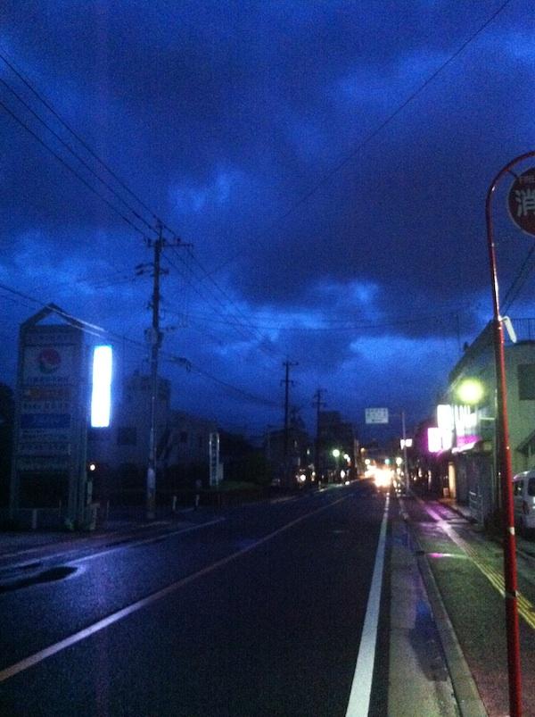 行橋市役所通り沿いの景色。_b0028732_22552810.jpg