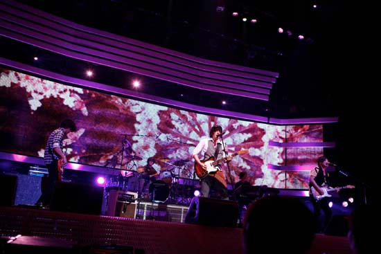 flumpool、全国ツアーで10ヶ月ぶりのダブルAサイドシングルのリリースを発表_e0197970_201092.jpg