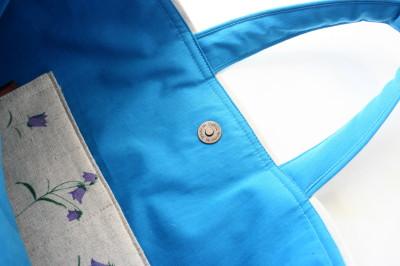 ブルーの花もようのバッグ_a0102486_1134661.jpg