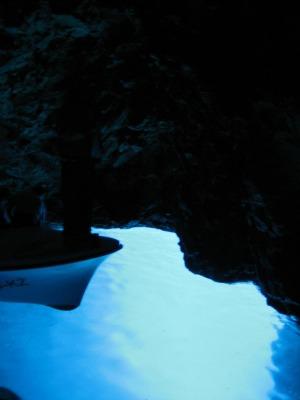 フバールから青の洞窟へ!_b0106609_1857050.jpg