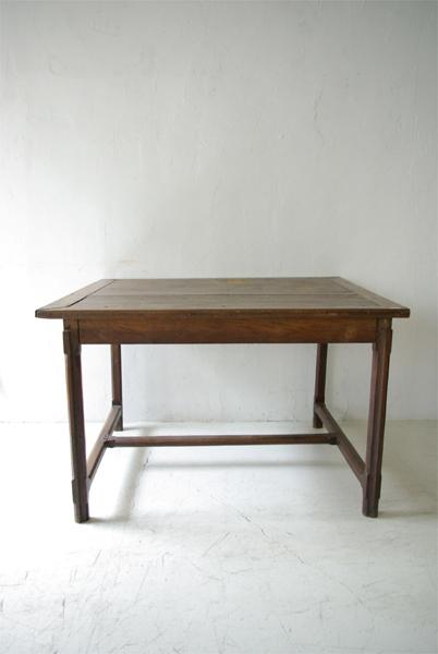table de 19ème_f0146547_12111421.jpg