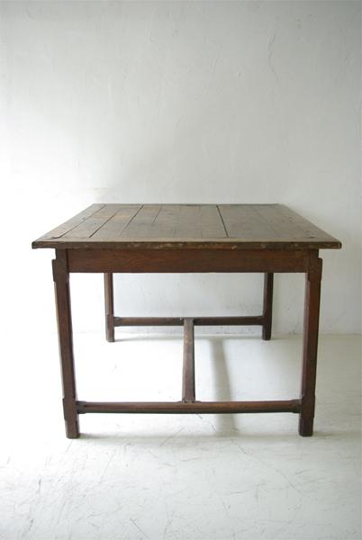 table de 19ème_f0146547_1212929.jpg