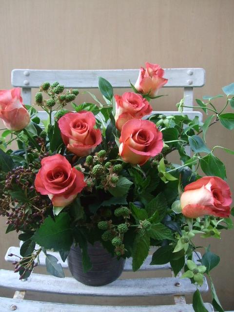 オークリーフ(一花とグリーンミックスのアレンジメント)_f0049672_1723439.jpg