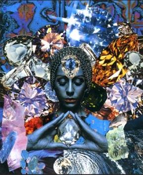 心の奥のぶれないところ クリスタルの女性 Guardian_f0228000_814650.jpg