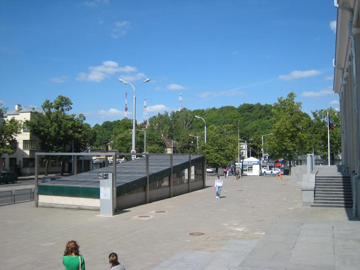 リトアニアの旅4: 「命のビザ」杉原記念館~行きはこわくて帰りはヨイヨイ_c0129545_1154826.jpg