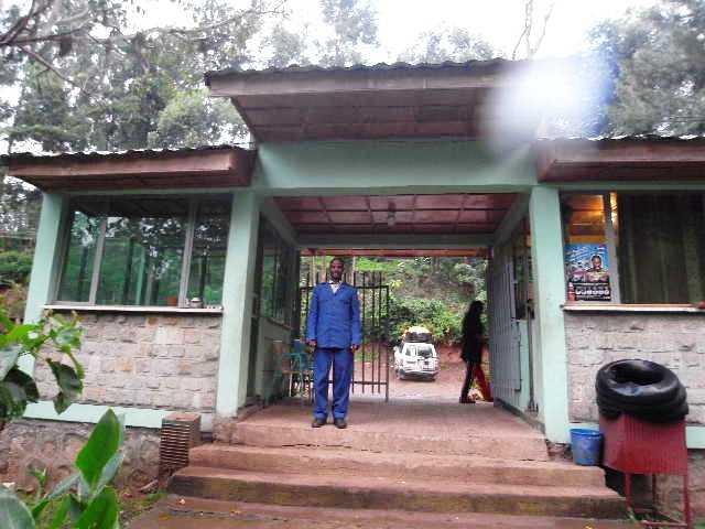 エチオピア(77) ウォンドゲネットの温泉_c0011649_021035.jpg