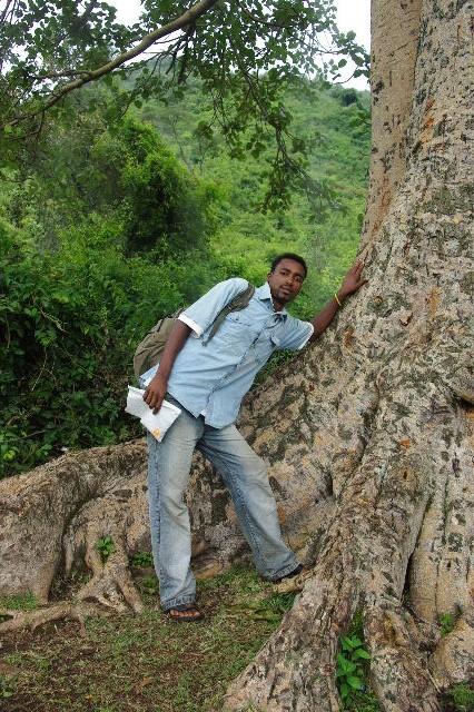 エチオピア(81) ウォンドゲネット温泉の源泉_c0011649_0204943.jpg