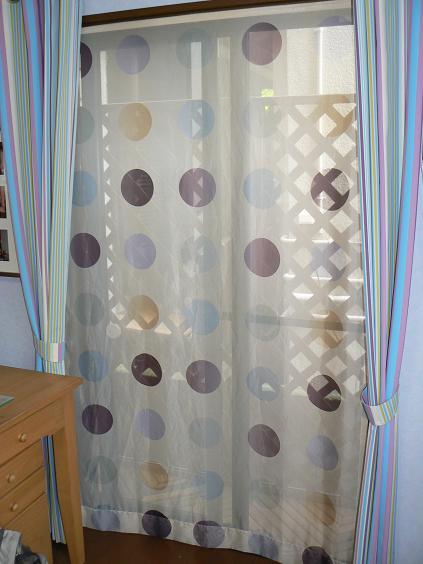やっぱタペカーテンは良いですよ!_e0133255_18444781.jpg