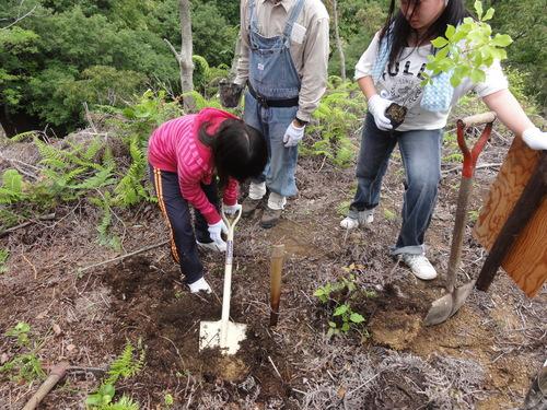 岬高校1年生「山海人プロジェクト」サポート in 孝子の森_c0108460_18233913.jpg