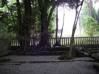 富士宮ルートから富士山、オカマ滑降_e0064783_4594364.jpg