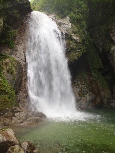 山登りしてきました in尾白川渓谷_b0189682_14534227.jpg