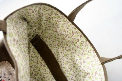 カーキ刺繍のバッグ_a0102486_11124351.jpg
