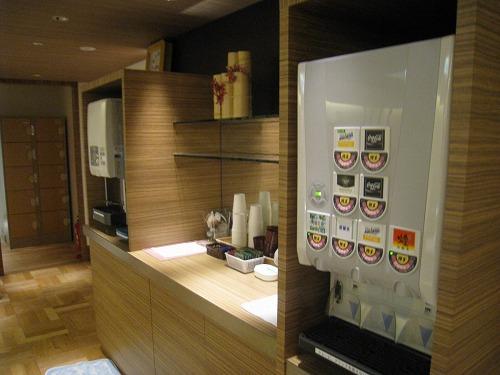 4月 神戸ポートピアホテル ルームサービス朝食とサウナとラウンジ朝食と・・・_a0055835_1532666.jpg