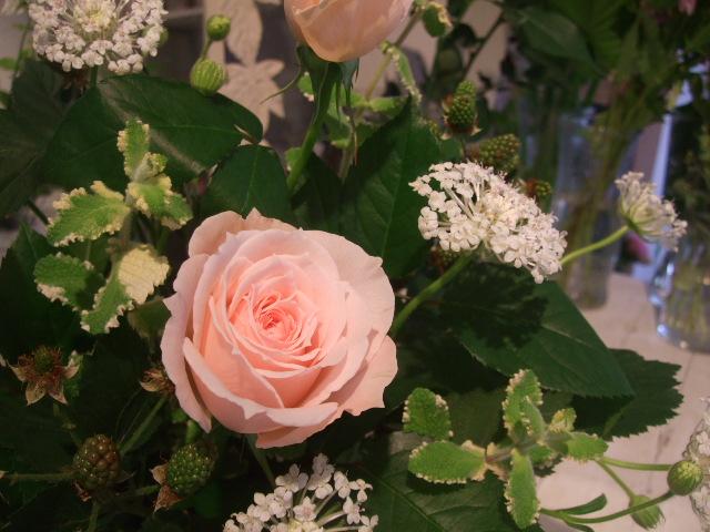 オークリーフ花の教室(バラを使ってレッスン)_f0049672_1754835.jpg