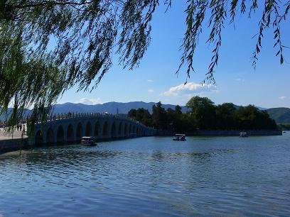 中国出張2010年09月-週末旅行-北京/頤和園(III)-廓如亭、十七孔橋_c0153302_1521150.jpg