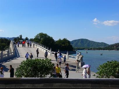 中国出張2010年09月-週末旅行-北京/頤和園(III)-廓如亭、十七孔橋_c0153302_15522893.jpg