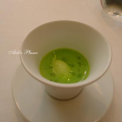 パリの2つ星レストランでスガハラガラスのシュー_e0154202_12163212.jpg