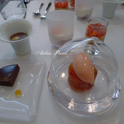 パリの2つ星レストランでスガハラガラスのシュー_e0154202_12413639.jpg