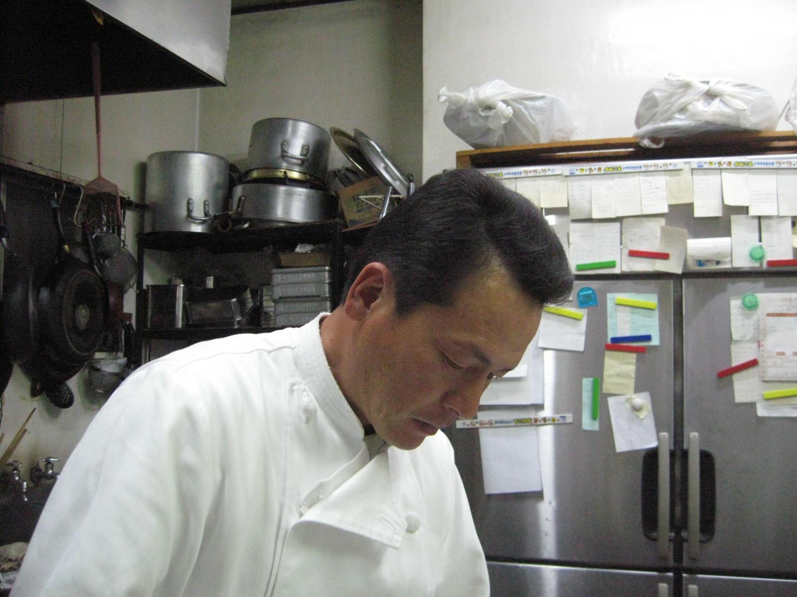 自家製鶏ハムと砂肝のマリネ 藤の花の酢漬け添え_f0146620_10385455.jpg