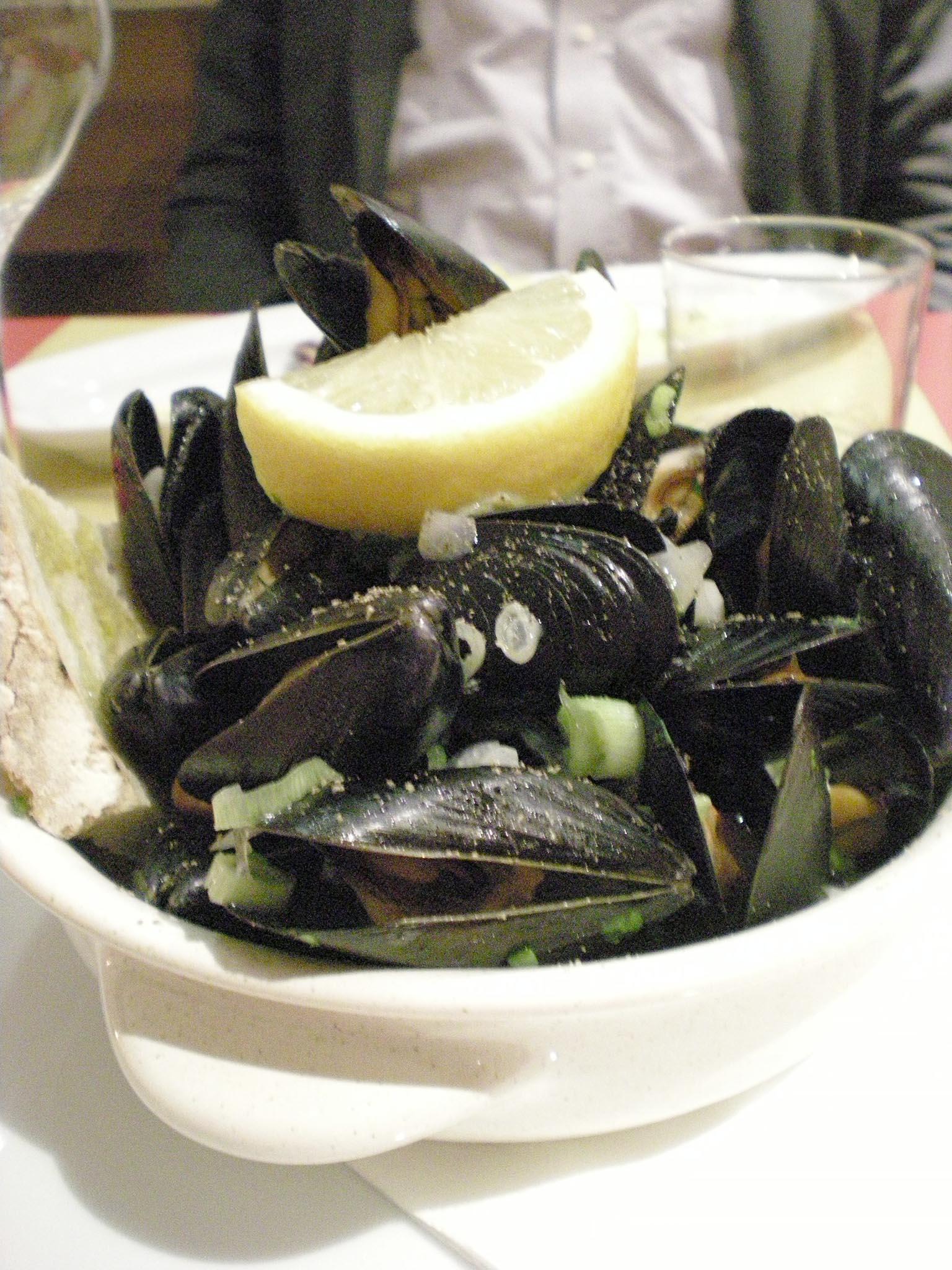 Trattoria  Sampei   で満足夕食!!_c0179785_1831612.jpg