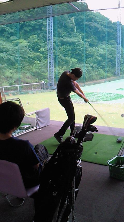 2011年6月13日 ゴルフ初体験からの_a0202976_1465628.jpg