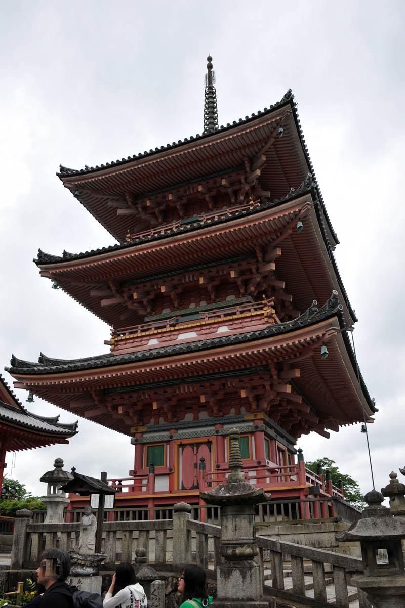 清水寺 (京都)_a0042310_14224551.jpg