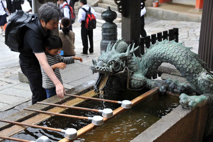 清水寺 (京都)_a0042310_14225729.jpg