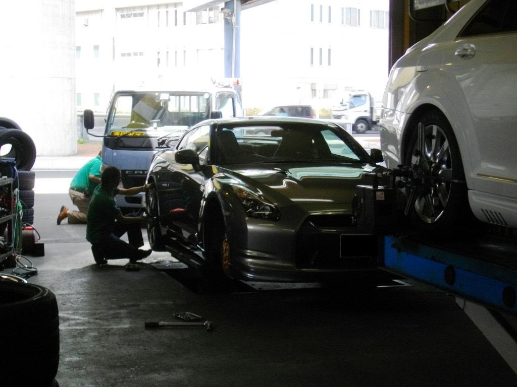 国産スーパーカー_e0188729_12315037.jpg