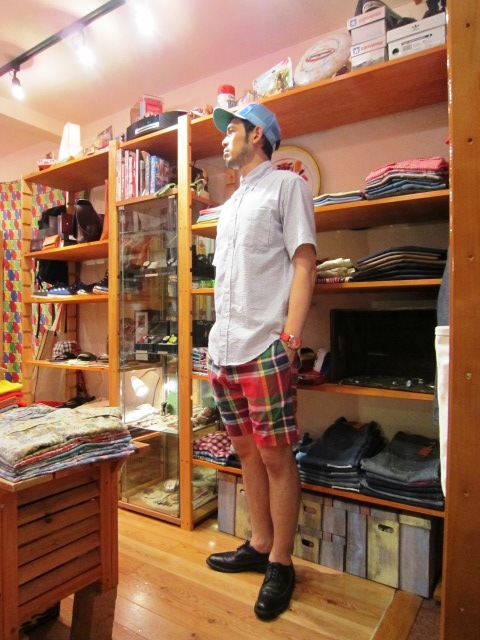 "雨の日の。。。 & ""SERO SEER SUCKER B/D SHIRTS\"" 入荷!_f0191324_936023.jpg"